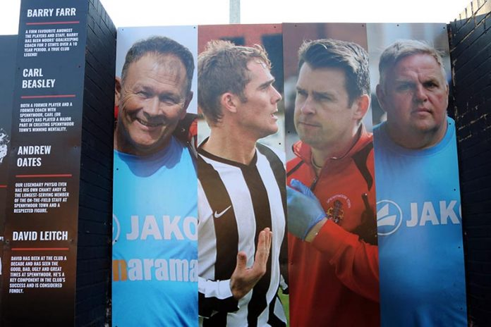 Barry Farr, Carl Beasley, Andrew Oates and David Leitch have been added to the Legends Wall at the Brewey Field for their long association with the club.