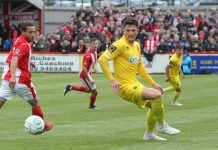 Rob Ramshaw in action on Saturday against Brackley Town.