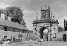 The Clock Tower at Auckland Castle gate, also known as Robinson Arch. Copyright - Historic England Archive AA98_05187